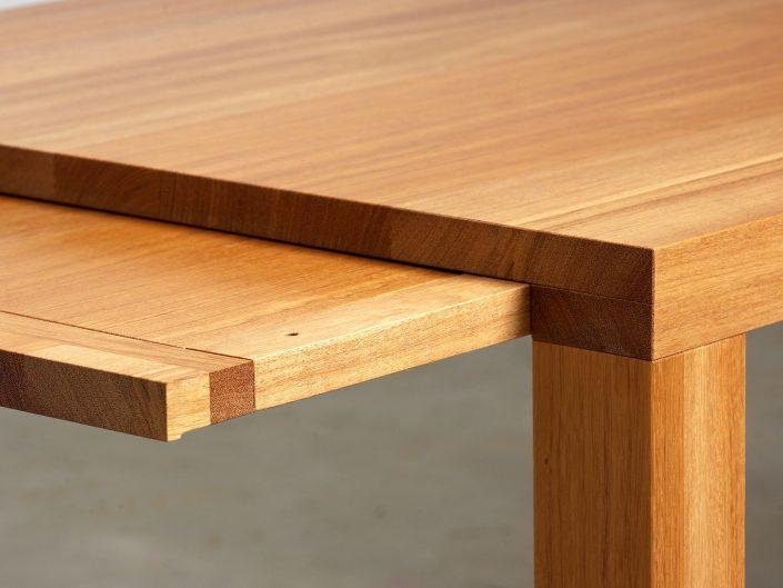 Tisch 5x8